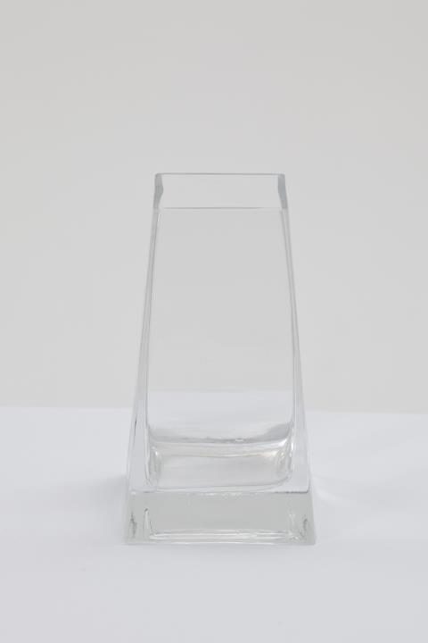 Where to find 6.5  Clear Bud Vase in Fresno